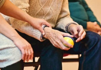Research identifies the main risk factors for difficulty caring for the arm after a stroke